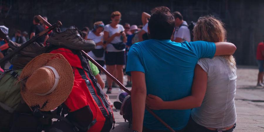 pilgrims-couple-camino-de-santiago-caminoways