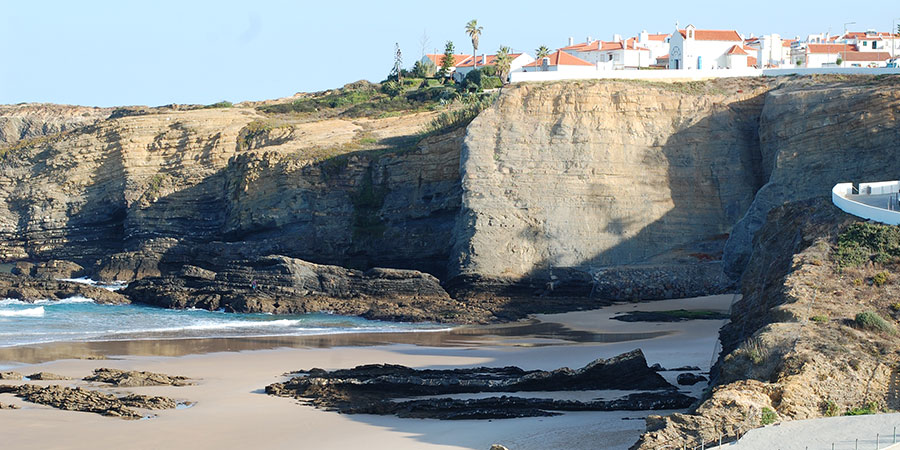 rota-vicentina-village-portugal-hiking-jim-gallagher-caminoways