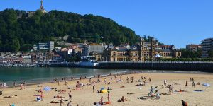 San-Sebastian-Concha-beach-camino-del-norte-basque-country-caminoways