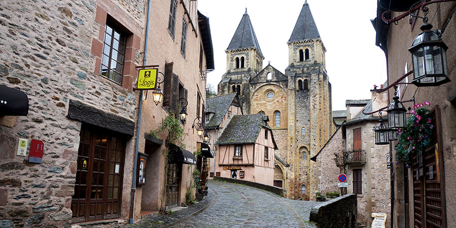 Conques-Le-Puy-Camino-caminoways