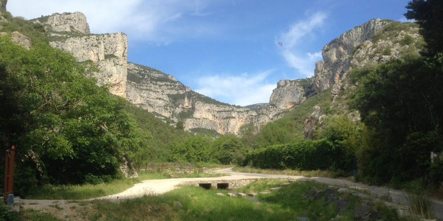 cirque-arles-way-st-guilhem-caminowaysjpg