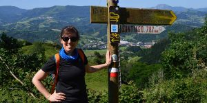 claire-walking-camino-del-norte-caminoways
