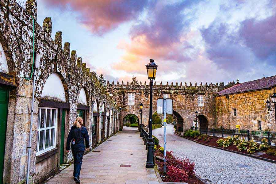 pilgrim-Camino-de-Santiago-Fisterra-ralph-caminoways