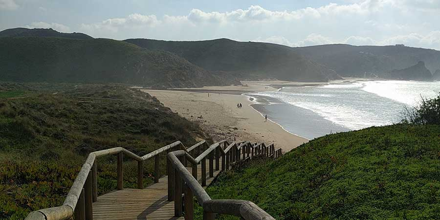 beaches-fishermans-trail-portugal-praia-do-amado