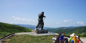 statue-camino-de-santiago-ponferrada-sarria-caminoways