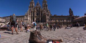pilgrims-peregrinos-camino-de-santiago-de-compostela-caminoways