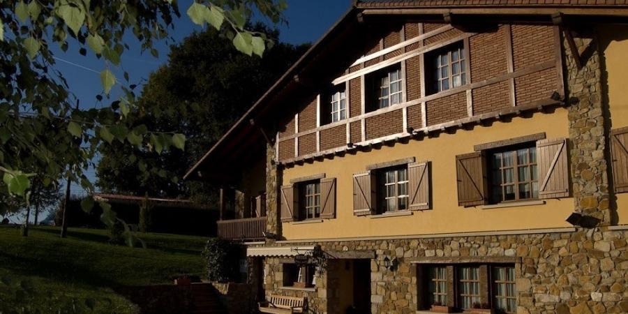 Front-of-hotel-matsa-camino-del-norte-caminoways.com