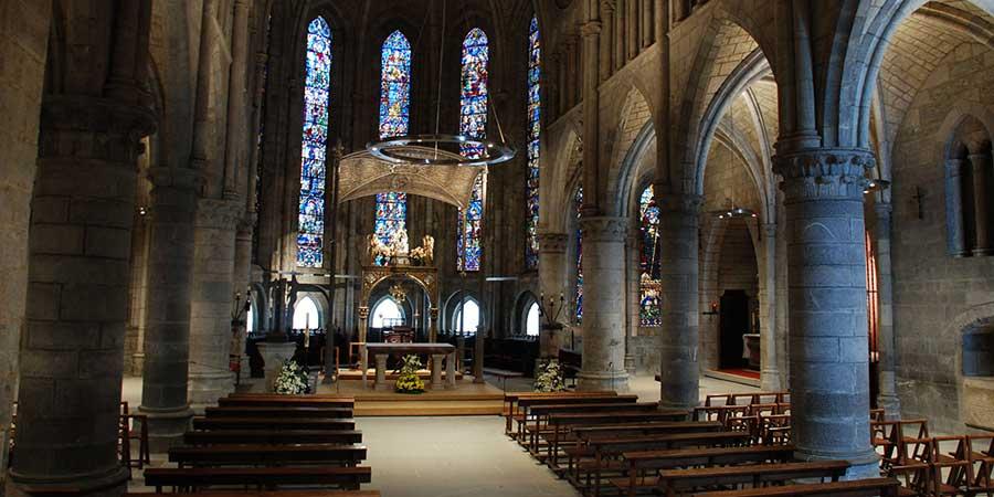 st-jean-pied-de-port-cathedral-camino-de-santiago-caminoways