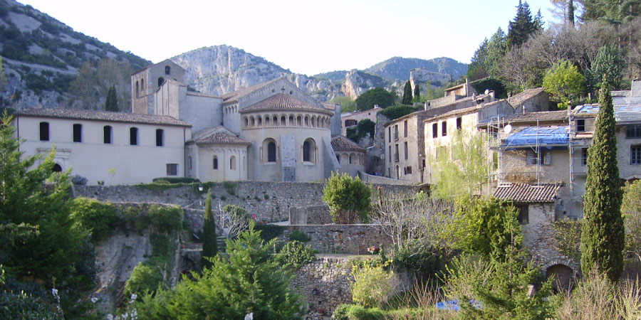 St-guilhem-village-caminoways-arles-way