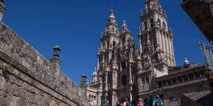 pilgrims-cathedral-santiago-de-compostela-camino-de-santiago-caminoways