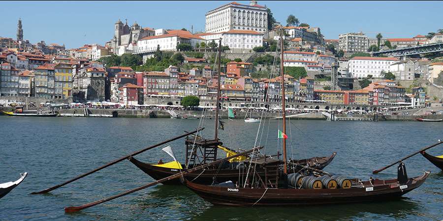 Porto-boats-Portugal-camino-de-santiago-tours-caminoways