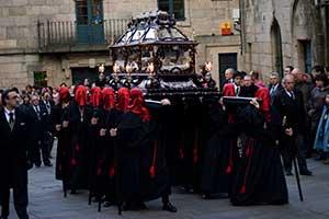 Easter-in-Santiago-de-Compostela-Processions-Santiagoturismo-2