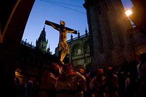 Easter-in-Santiago-de-Compostela-Processions-Santiagoturismo-3