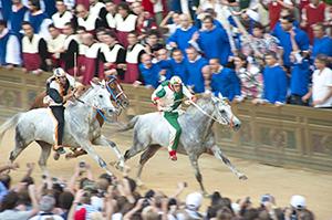 Il-Palio-di-Siena-horse-race-tuscany-via-francigena-ways