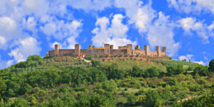 Monteriggioni-Tuscany-Via-Franicgena-Francigena-ways-Italy