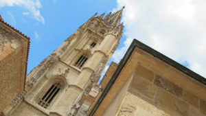 Oviedo-cathedral-camino-primitivo-original-way-caminoways