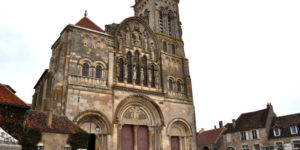 St-Mary-Magdeleinne-vezelayway-UNESCO-caminoways