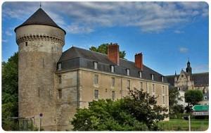Tours-castle-CaminoWays-300x189
