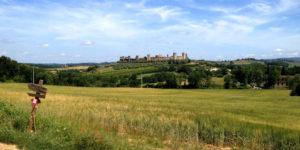 Tuscany-Monteriggioni-camino-to-rome-viafrancigena-caminoways