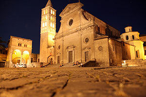 Viterbo-festivals-in-italy-francigenaways