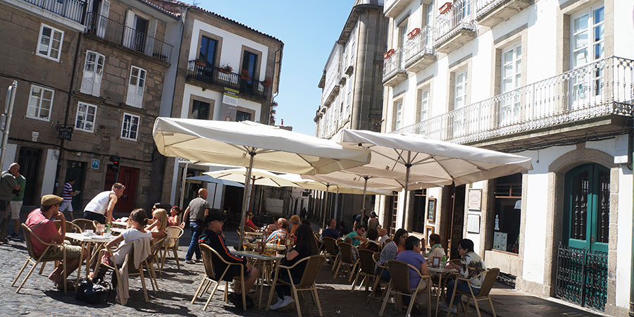things-to-do-santiago-de-compostela-terrace-pinchos-caminoways