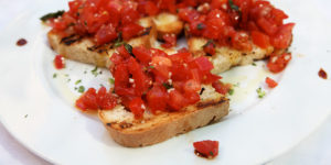 bruschetta-siena-food-tour-via-francigena-caminoways