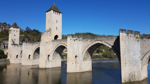 bridge-cahors-le-puy-way-via-podiensis-caminoways