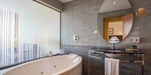 camino-hotel-vila-gale-bathroom-caminoways.com