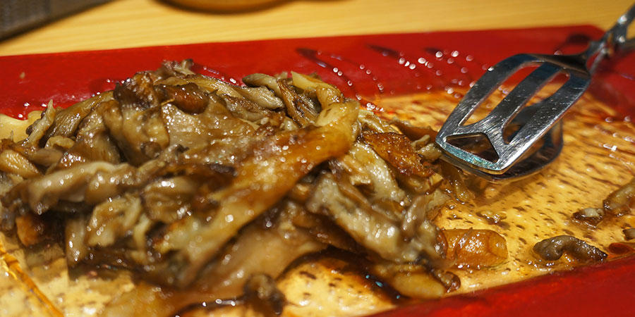 food-grilled-mushrooms-setas-vegan-camino-de-santiago-caminoways