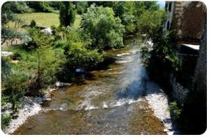 camino-zubiri-river