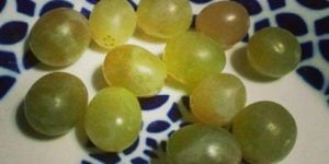 New Year's Eve tradition-christmas traditions-grapes-Spain-caminoways.com
