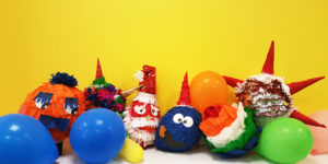 christmas-pinatas-caminoways