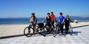 camino-on-an-ebike-the-team