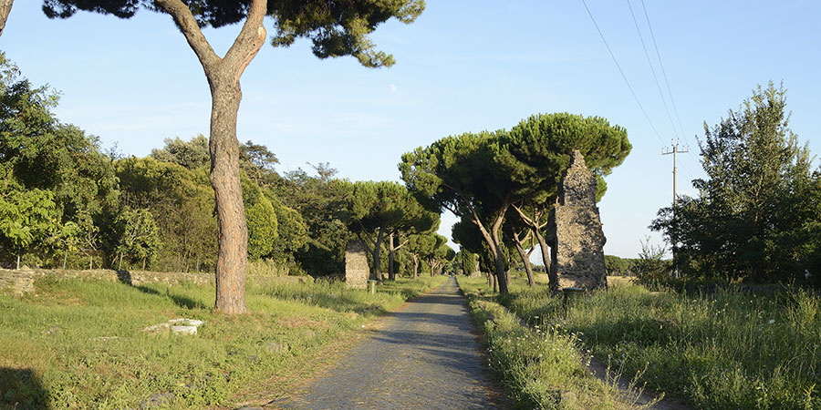cycling-via-appia-italy-caminoways