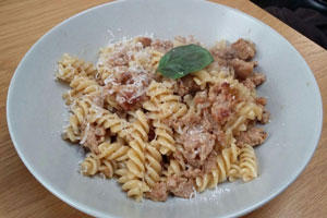 emmet-sausage-fennel-pasta-via-francigena