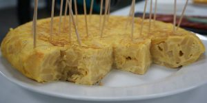 tortilla-recipe-food-camino-de-santiago-caminoways