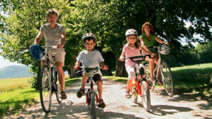 family-cycling-CaminoWays