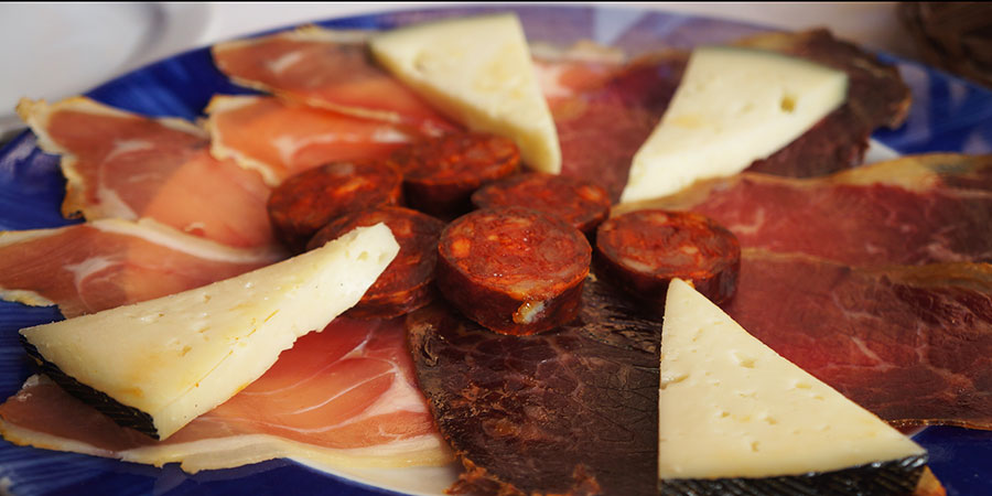 cured-meats-camino-dishes-food-camino-de-santiago-caminoways