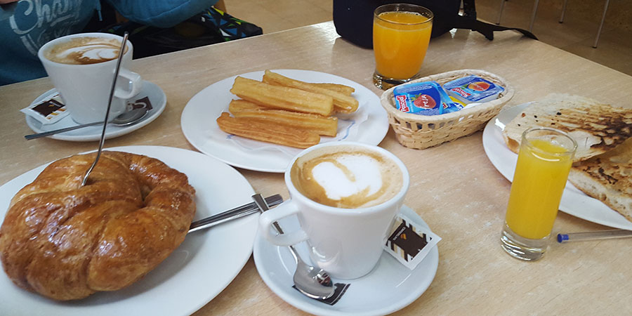 breakfast-baiona-camino-de-santiago-caminoways