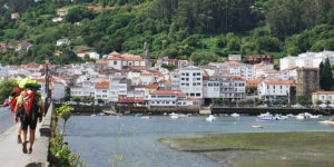 pilgrims-walking-the-english-way-from-ferrol-to-santiago-caminoways