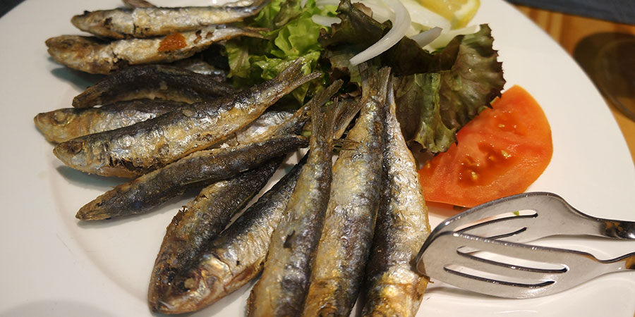 grilled-sardines-food-caminoways