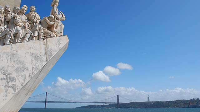lisbon-portugal-coach-tour-caminoways
