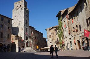 san-gimignano-tuscany-via-francigena-francigenaways