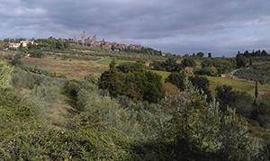 san-gimignano-walking-tuscany-via-francigena-francigenaways