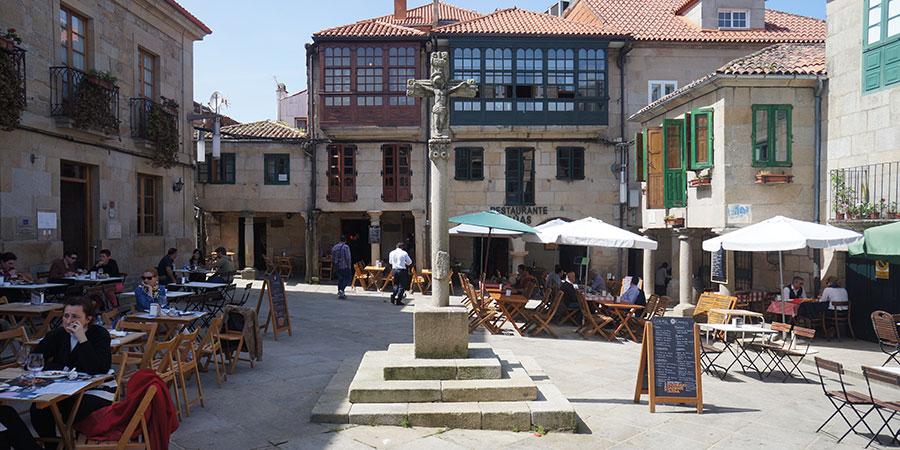 square-of-restaurants-pontevedra-galicia-portuguese-way