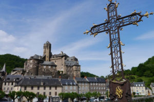 tom-caley-estaing-le-puy-way-french-camino-ways