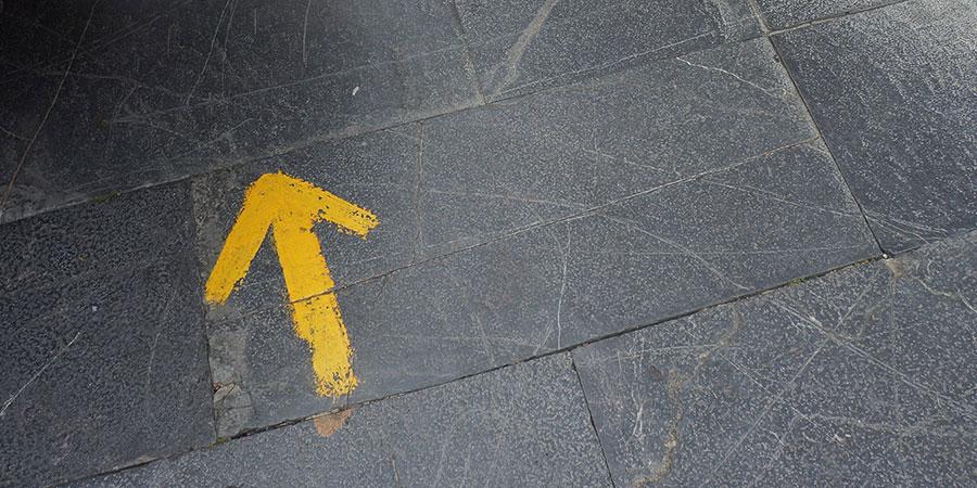 yellow-arrow-camino-de-santiago-caminoways